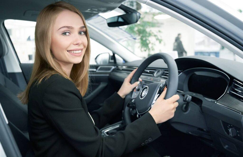 Mașinile Cu Volan Pe Dreapta Nu Mai Pot Fi Omologate în România De La 1 Ianuarie 2021